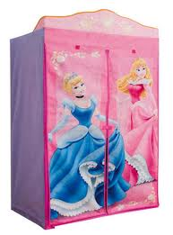 Garde robe de princesse Disney