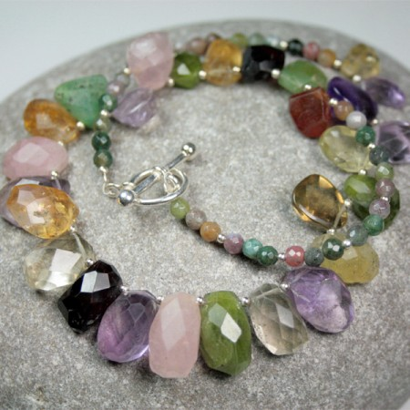 collier-pierres-semi-precieuses